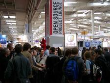 CeBIT Open Source Project Loung packed with people
